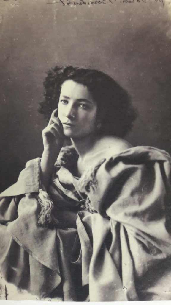 Photo de Sarah Bernhardt par Nadar